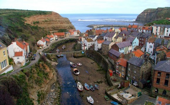 Staithes Sea Side Town