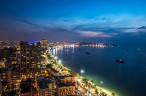 Bright light district: Pattaya's waterfont by night