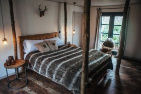 Cosy bed at North Star Club, Sancton